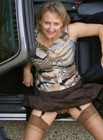 ❥▬▬▬❥ Married older mom car fun ❥▬▬▬❥