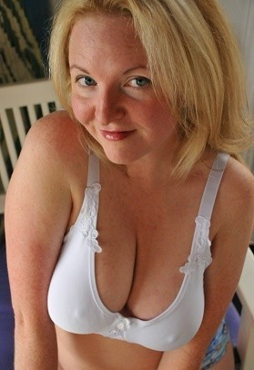 Stars Totally Free Nude Housewives Pics Photos