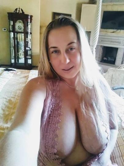 🍊🍉🍊... I am 52 Years 🔰♨️🔰Older MooM 💠🌐 Enjoy Totally❤️️💝Free Sexx ..🍊🍉