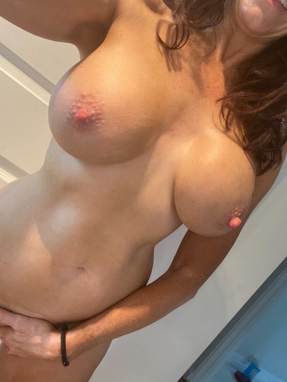 Busty Aussie Angel Is In North Adelaide