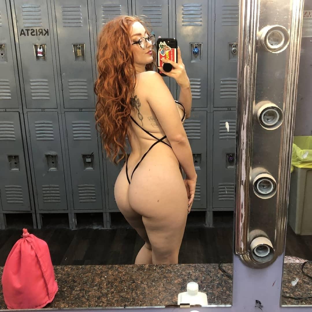 female escort ready for hookup