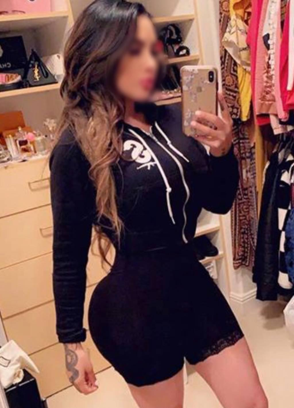 VERIFIED- • 36DD BuXoM €urvy Party Brunette ★ Outcall Only!