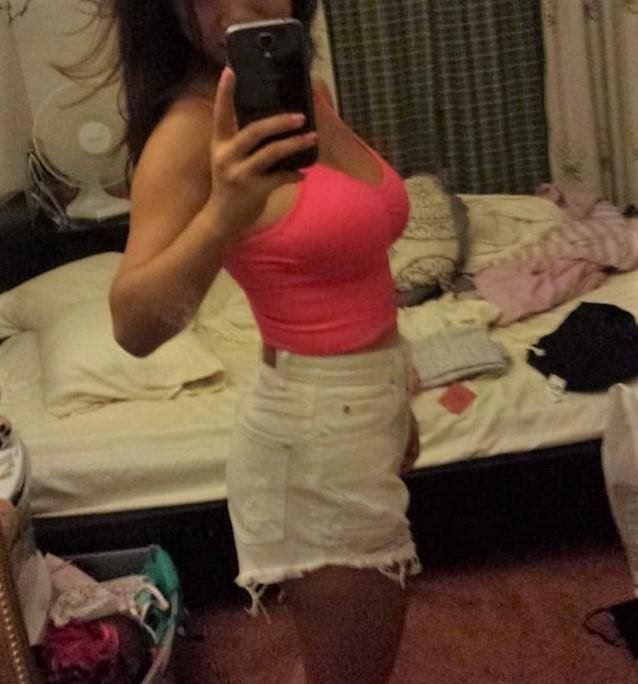 INDONESIAN SELFIE POSING HOTTIE Stephany Yaya 38DD CUPPED Busty Beauty Hot Face Hot Selfies