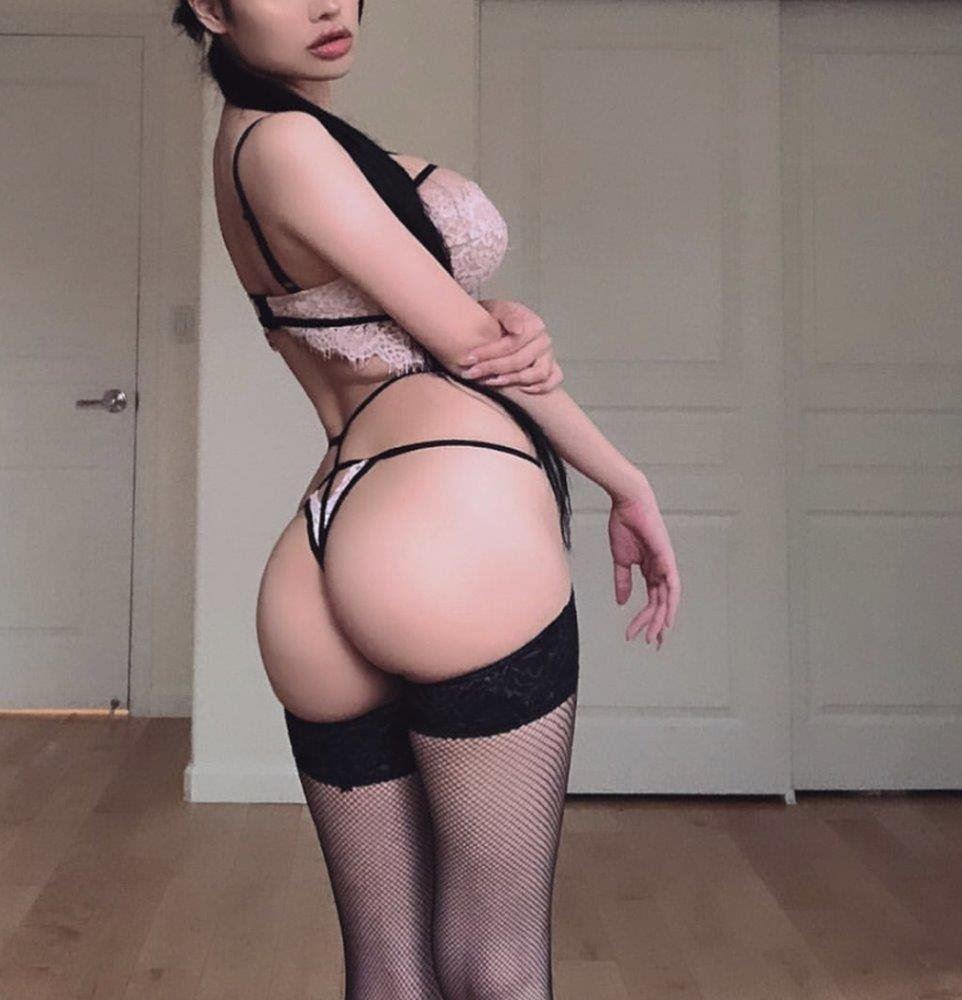 Hot Sexy Body Sensual Young Busty Sweet Girl