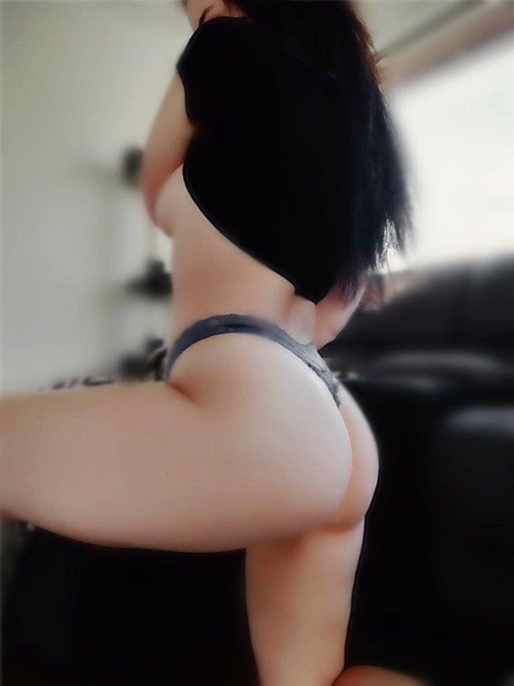 Big Ass 🍑 Sexy Hot Body 🔥 BJ Queen 👑 24/7 !!
