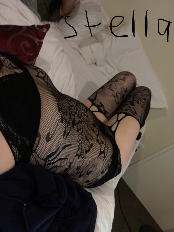 StellaCum let me tease please and satisfy you xx
