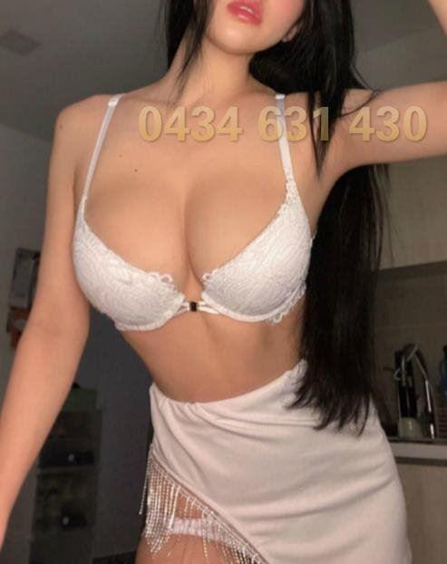 BUSTY ASIAN🍒0434 631 430🍒Stunning Mix Young sexy Insane body new here ⭐️⭐️