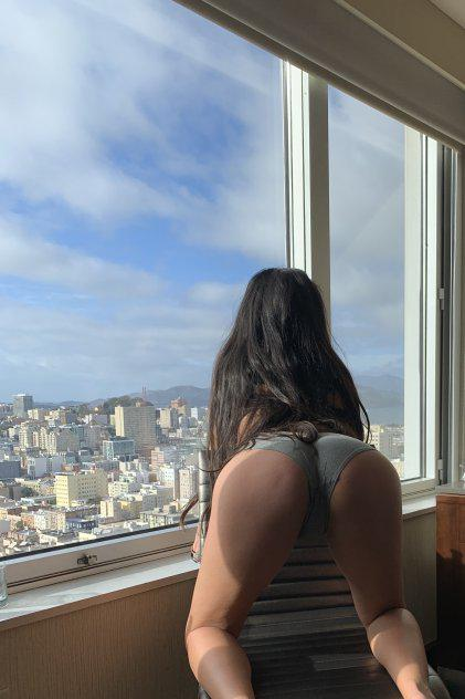 Petite Sexy Sensual Latina with REAL Long hair OUTCALL ONLY ;P