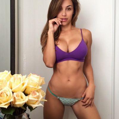Sexy naughty linda
