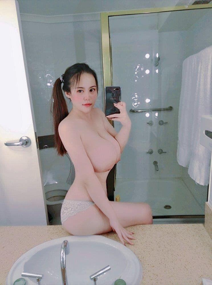 Student Annie 💋Huge Jellies H cup Boobs💖20 yrs old! Very Cute 💖💕💖