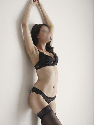 Beautiful and Elegant Lacey Lee - 0468 435 333