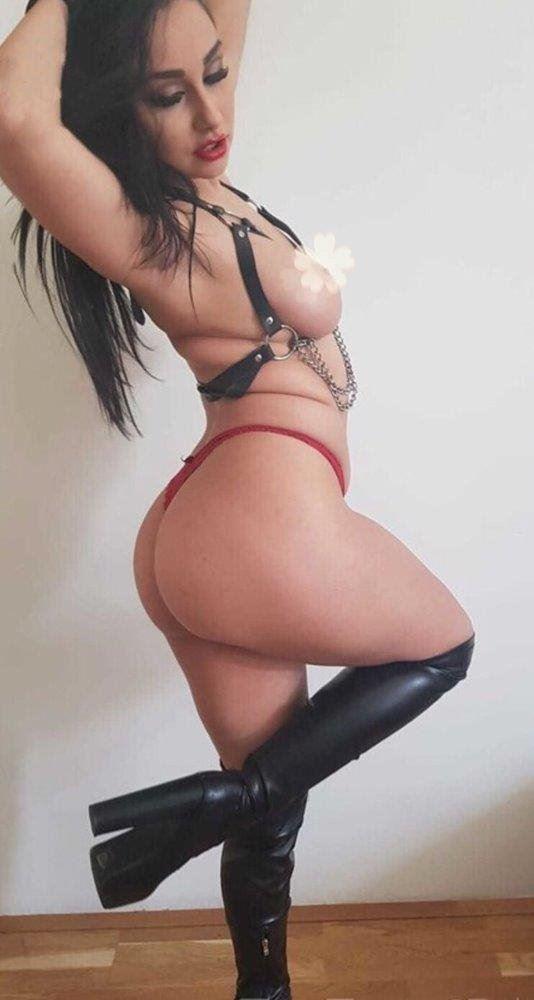 New arrival 🍑 Extra 👄Horny Lady 20 yo ✅
