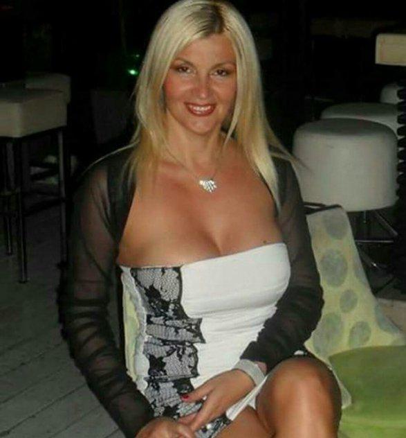 MATURE WOMAN FOR MATURE GENTLEMEN IN PHILADELPHIA