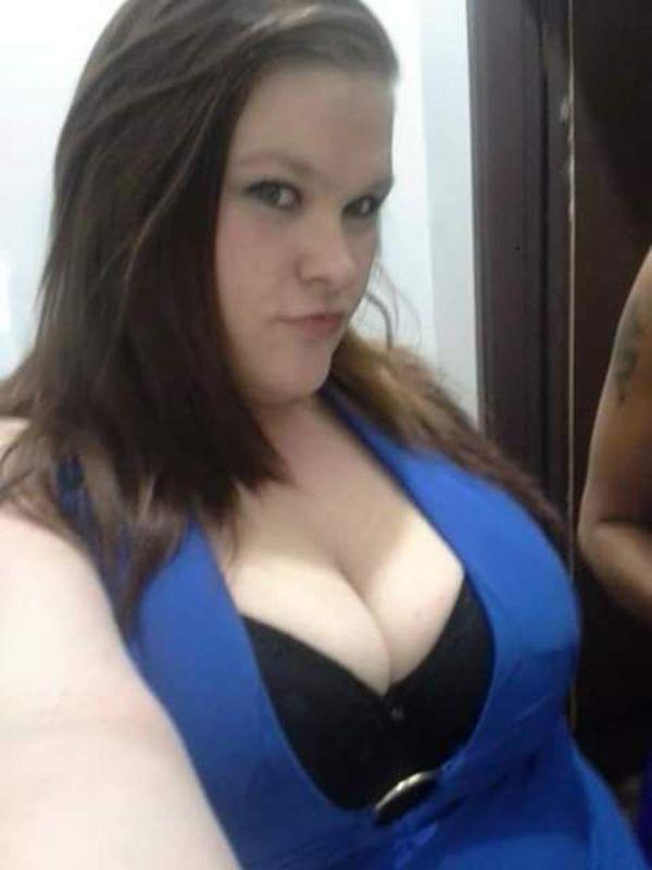 HannaCurvylous E boobs