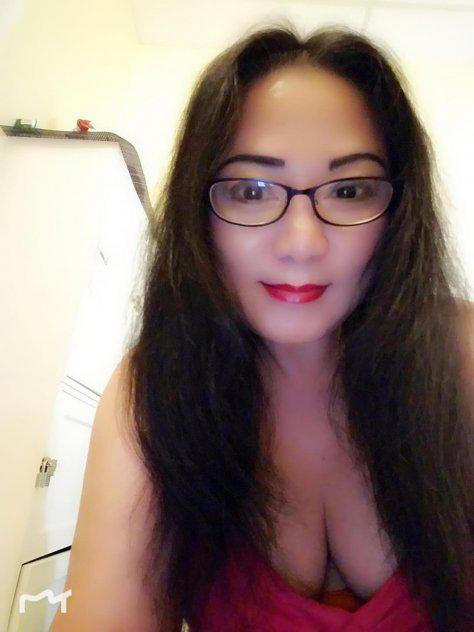 Asian Massage Midland - Sweet Asian girl offer Table