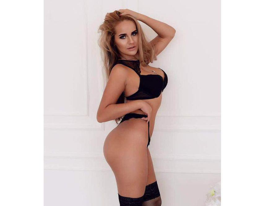 Corby Best Escort and Massage service 247