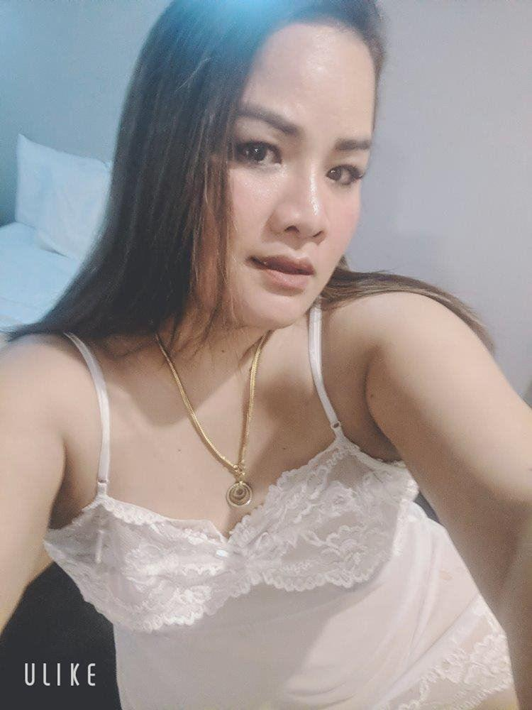 Full Figure Asian Hot sexy bum New in town