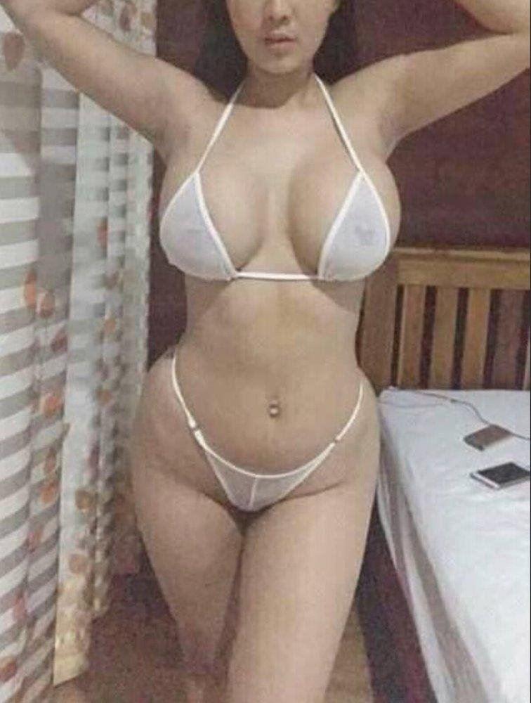 YOUR SEXY GIRL NEXT DOOR - Stunning and Beautiful Model 👠🌹🌹