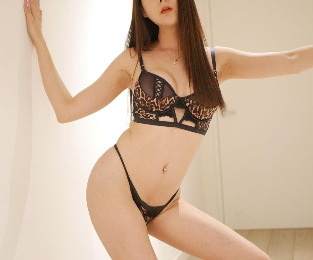 Hot sexy Asian Transexual Available now Top&Bottom0431767859 Real picture