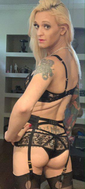 Blonde bombshell. Just for you !!