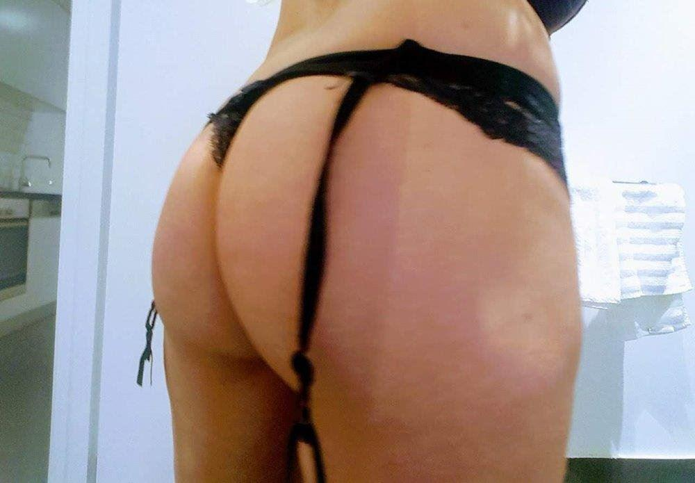 SEXY BLONDE MILF - Hotter than Hell! AUSSIE * available now 24/7
