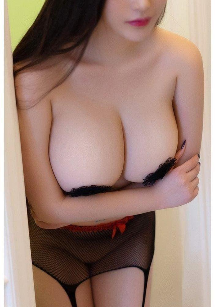 0468 409 135 Hot Young Curvy Figure Stunning Passionate GFE Top Service