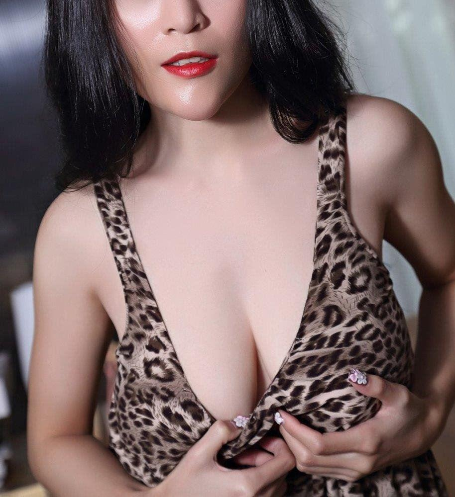 Im Tasha Nguyen EXCUSE MY BOASTING But I AM A SMOKING HOT VERIFIED VIETNAMESE - Live, Love & Lust.