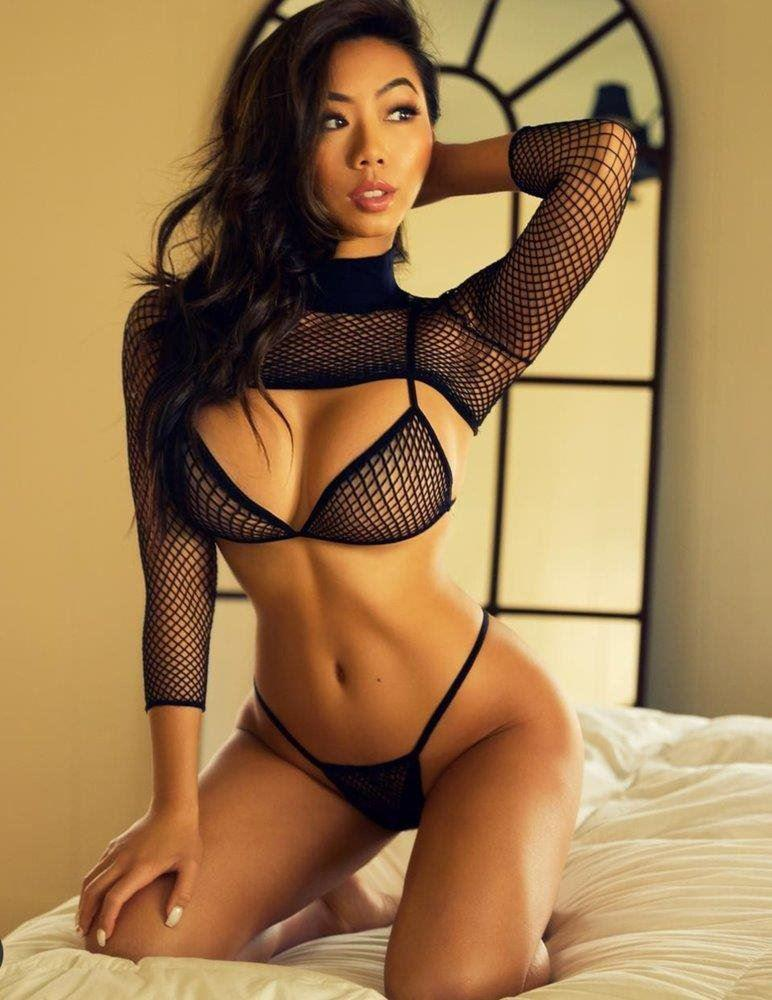 Nat s Fit, Hot, Horny and ready to Party all night long!!!