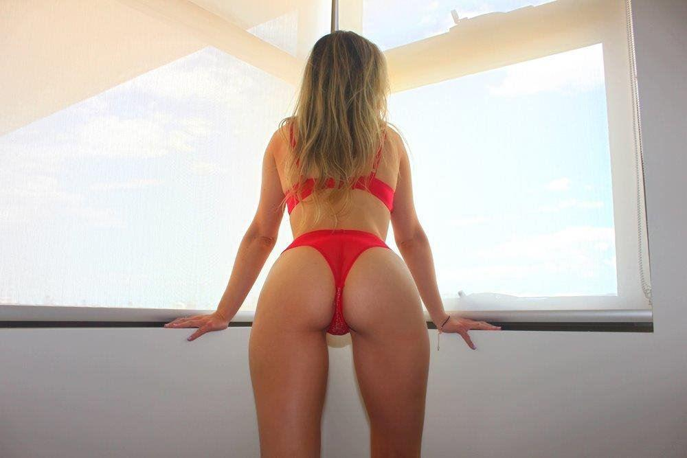 BLONDE BEACHY BELLA, ready for your cum, WET and HORNY 22yo WHORE, Private in Wollongong 0406-962-