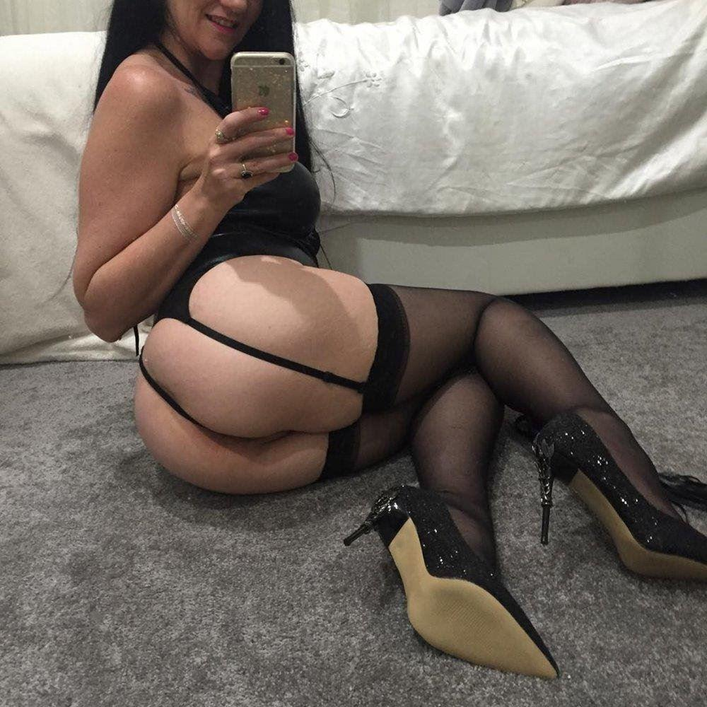 Your luxurious playmate GFE- 130aud quickie / 250aud an hour Full GFE companion