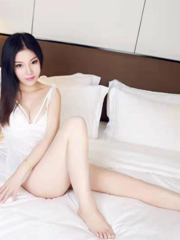 ShirleyPretty Taiwanese lady
