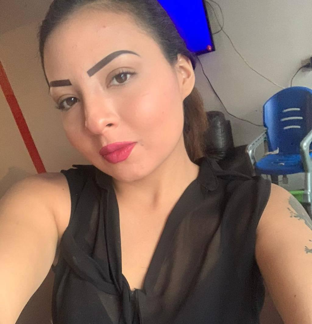 19 years old ONLINE SQUIRT SHOW 60$ Call to see me SQUIRT