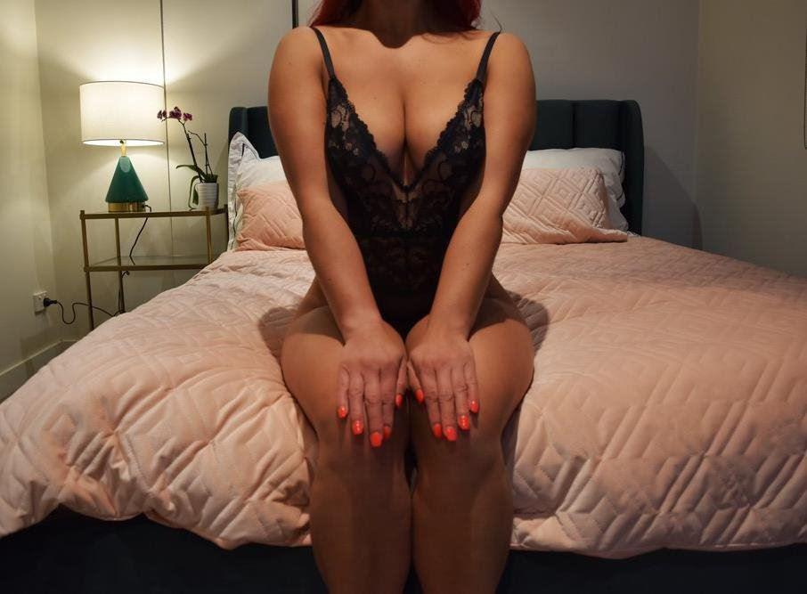 Liz Rosette - Curvacious, Wild, Seductive GFE