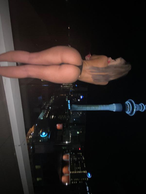 LaceyAvailable 247