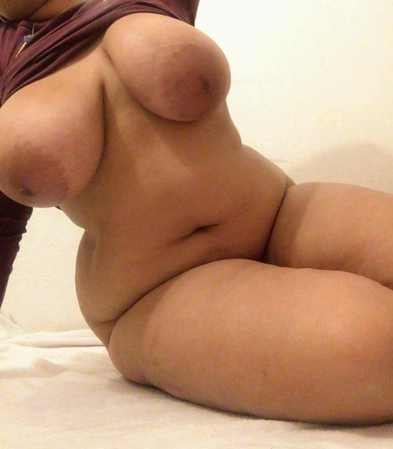 Affectionate and Sensual SuperBusty Michelle2plz