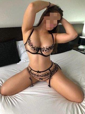 Indonesian babe with big tits, Best Girlfriend Experience