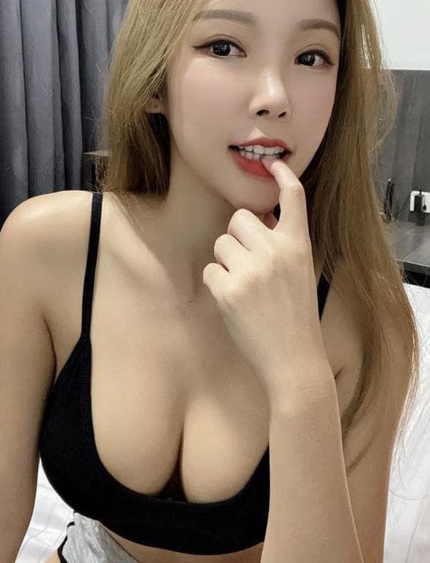 36EE SUSAN Natural Busty Silky Skin Japaneses Girls
