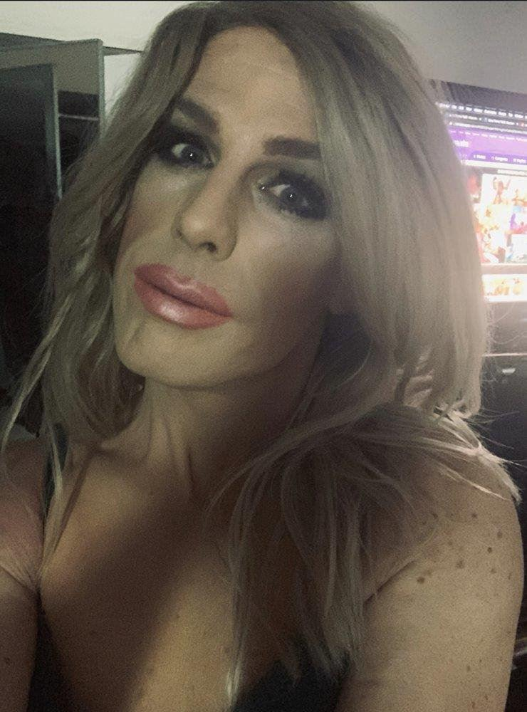 Hot, Sexy, Juicy, T-Girl Fantasy direct from London