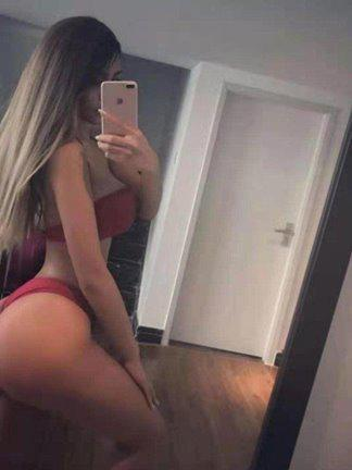 EURASIAN Hottie_PSE Partying and lots more xx
