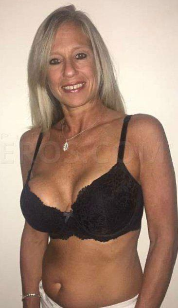 Mature hot milf