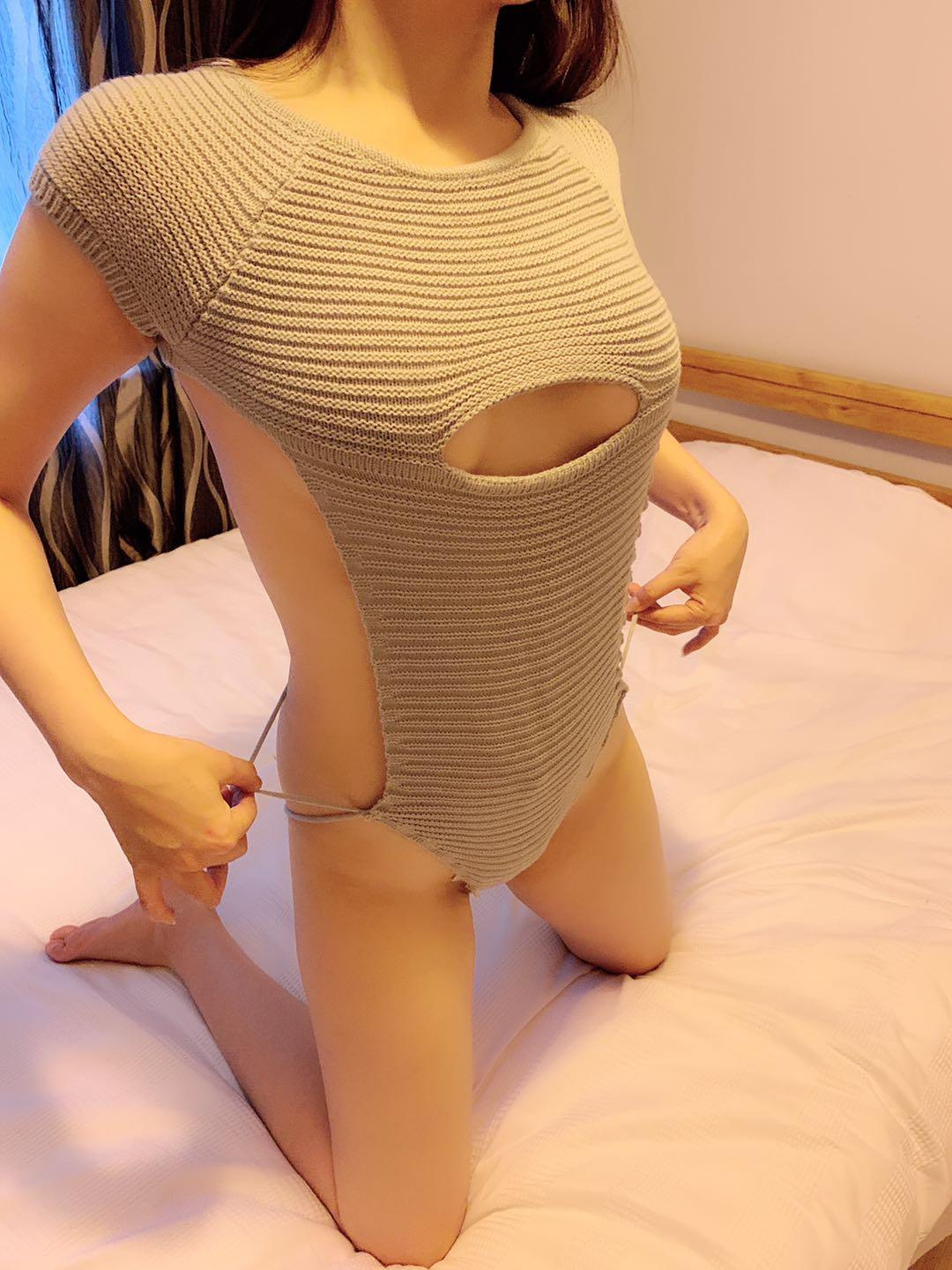 22 sexy young stunning baby, Auckland