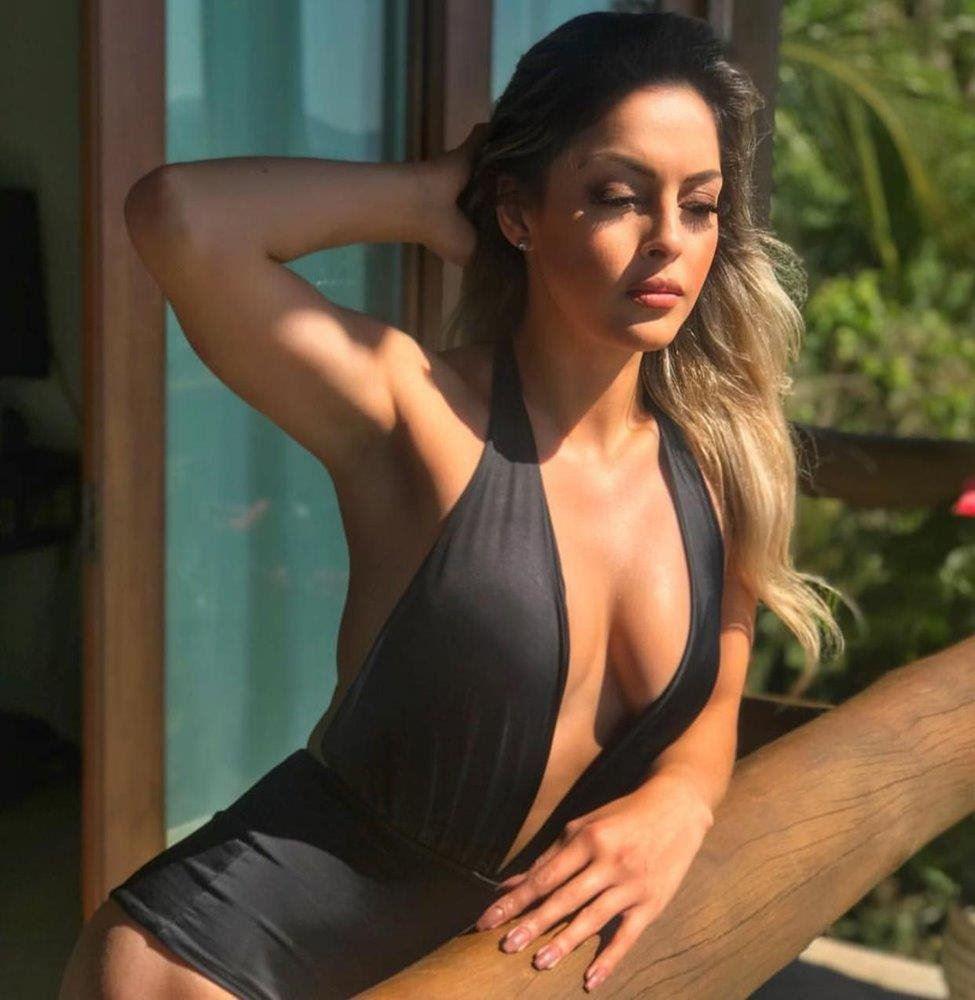Dani Brazilian babe for you