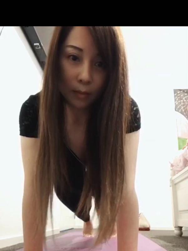KimiPrivate working sexy asian girl