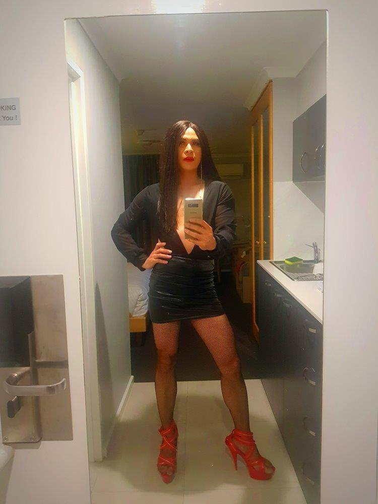 New experience with Crossdresser,Hot,Sexy,Friendly