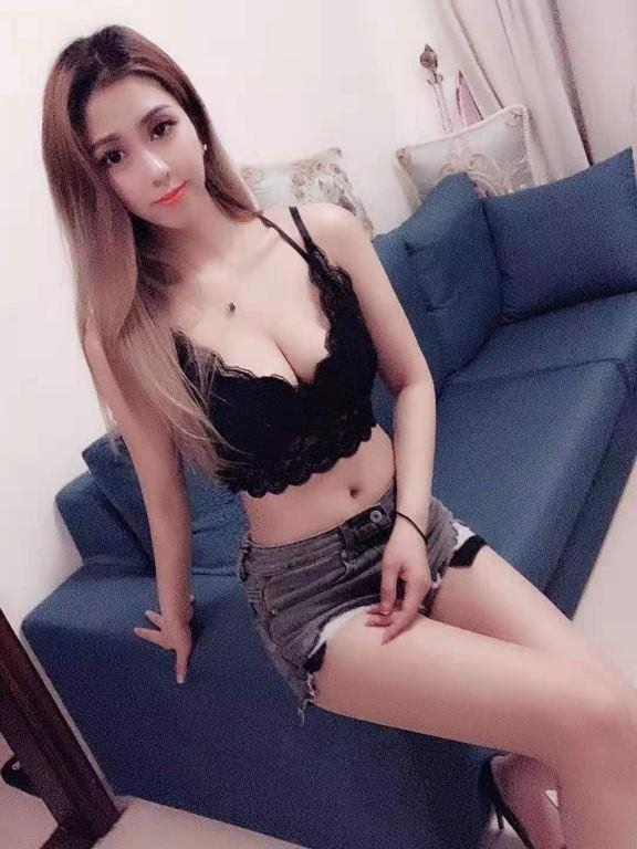 🌟ASIAN girl cute juicy pussy 🌟100% pics or WALK AWAY