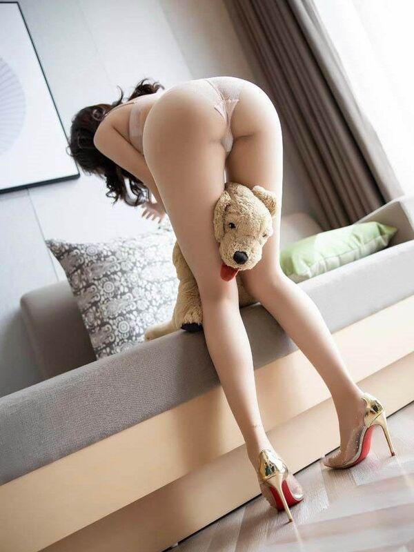 GIGIHot Asian babe working for private