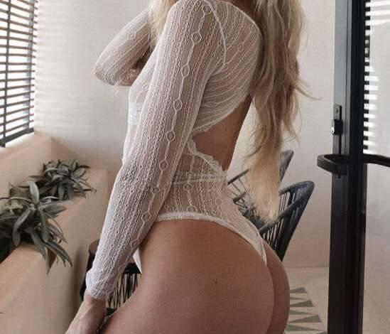 SEXY BOMBSHELL BLONDE FOR YOU OUTCALL ONLY