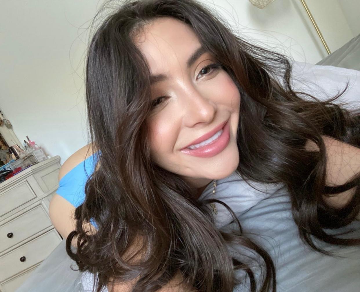 100% REAL💕✨PRETTY WET GIRl READY TO FUCK whatsapp +1(805)475-3242