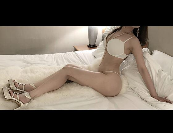 Private Outcall Erotic BodyRub Massage by Gorgeous Lacey