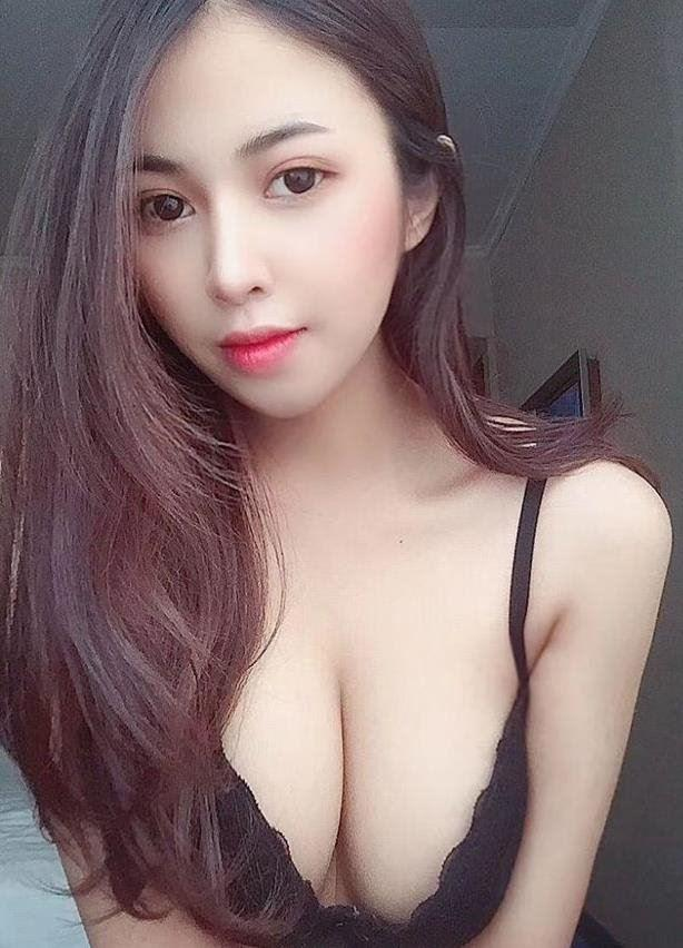 Beautiful And Busty DD Korea girl size Tracy Squitting queen
